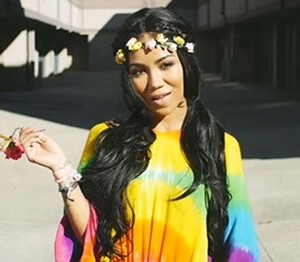 Jhene Aiko Is A True Free Spirit In New Video Spotless Mind